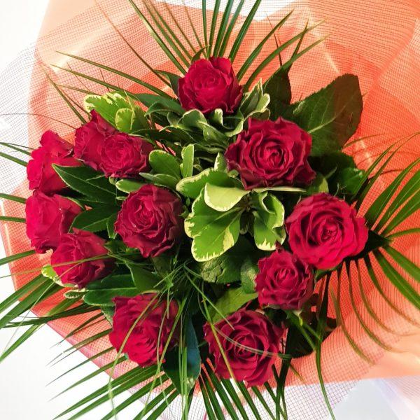 A bouquet of a dozen Red Rhodos Roses